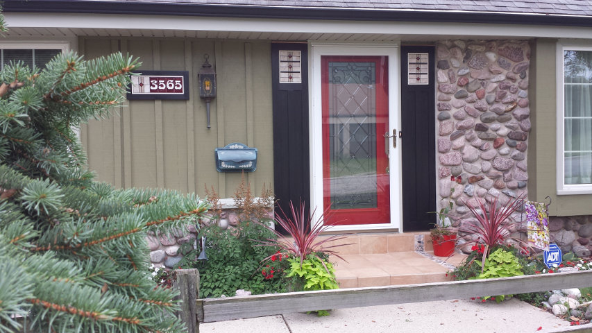 Arts & Crafts door shutters w/ matching house numbers (Wisconsin)